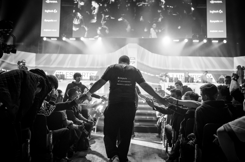 Analyst group Newzoo claims esports will become a $1 billion industry by 2019