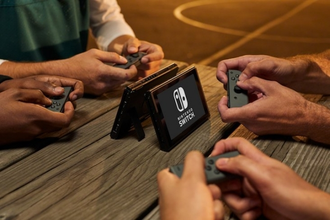 You can connect up to eight Nintendo Switch systems