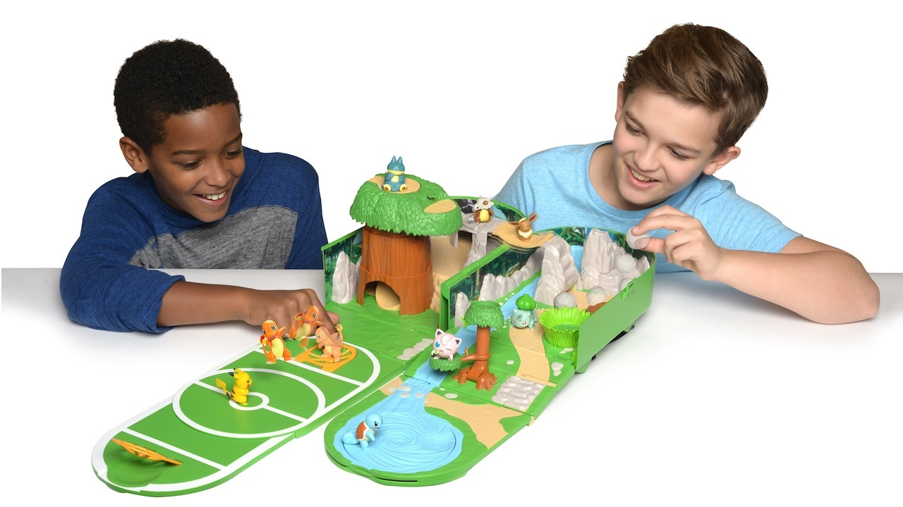 This playset also folds into a backpack