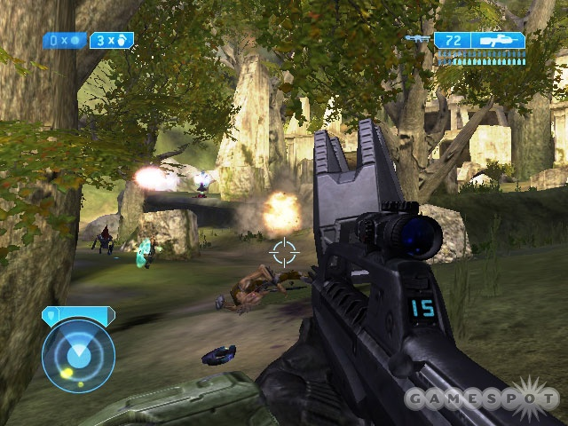 Halo 2 plays much like its three-year-old predecessor, and the gameplay's just as fun and intense as ever. If it ain't broke, don't fix it.