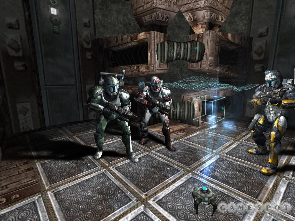You lead an elite squad of commandos on a variety of covert-ops missions.