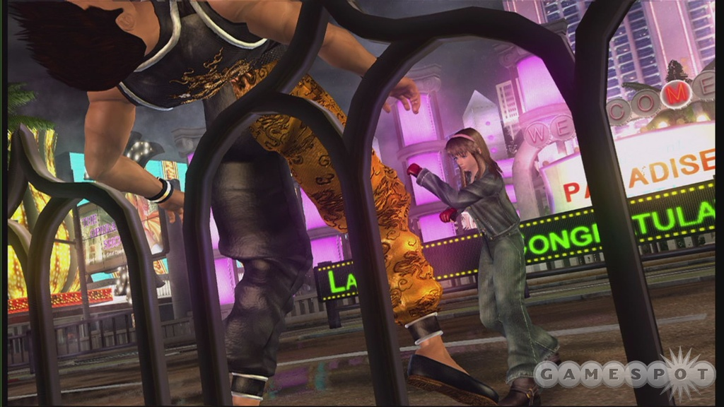 DOA4's lightning-fast fighting action is better than ever on the Xbox 360, so get online and start getting beat up.