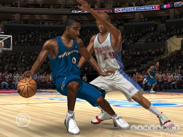 Expect to run into tougher defense during the transition game in NBA Live 07.