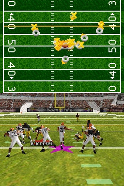 This year's game encourages greater use of the stylus. In particular, kicking, passing, and play-calling are more intuitive using the touch screen.
