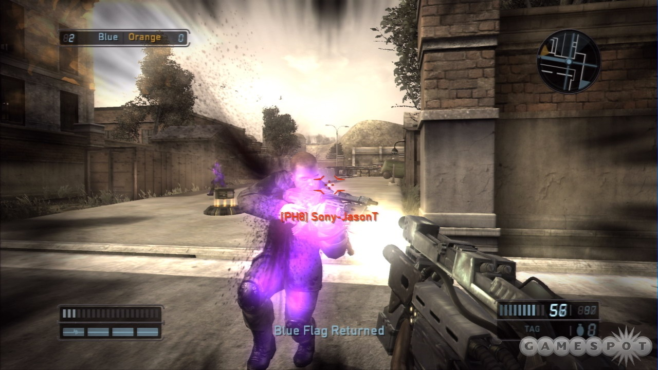 The human and Chimeran sides have some distinct gameplay differences in the multiplayer modes of Resistance.