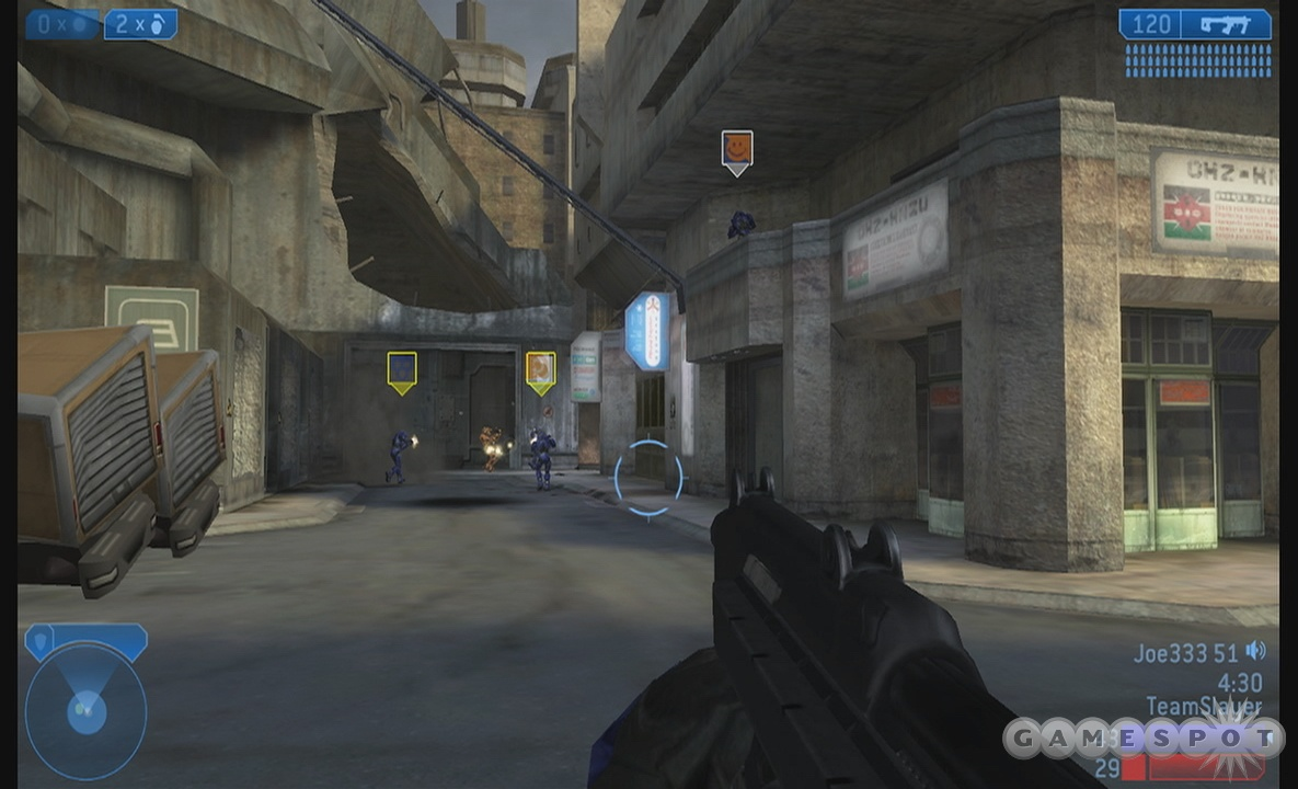 The Halo 2 multiplayer offers a lot of options, but it's apparently missing the one option that matters: disabling auto-aim for gamepad users.