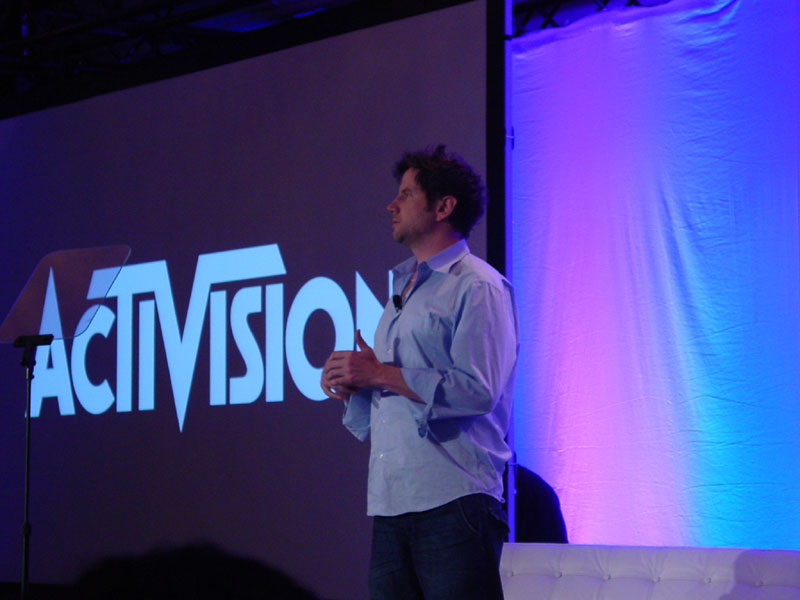Jaime Kennedy providing the one liners at the Activision event.