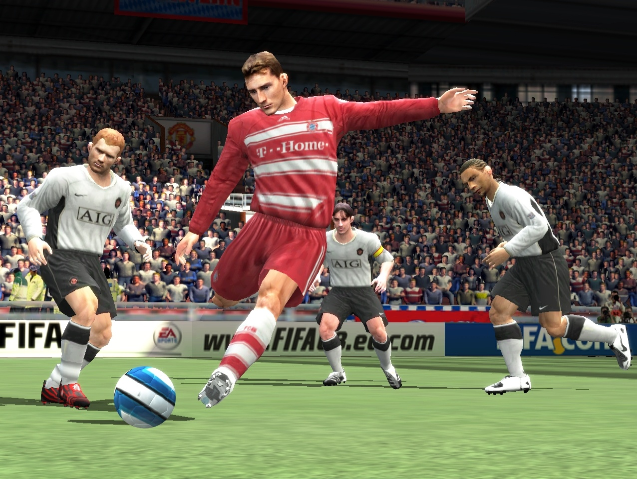 FIFA 08 doesn't look particularly amazing, but it moves quickly, and the player animation is spot-on.
