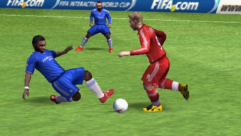 The PSP version of FIFA 08 packs an impressive 12,600 players onto its UMD.
