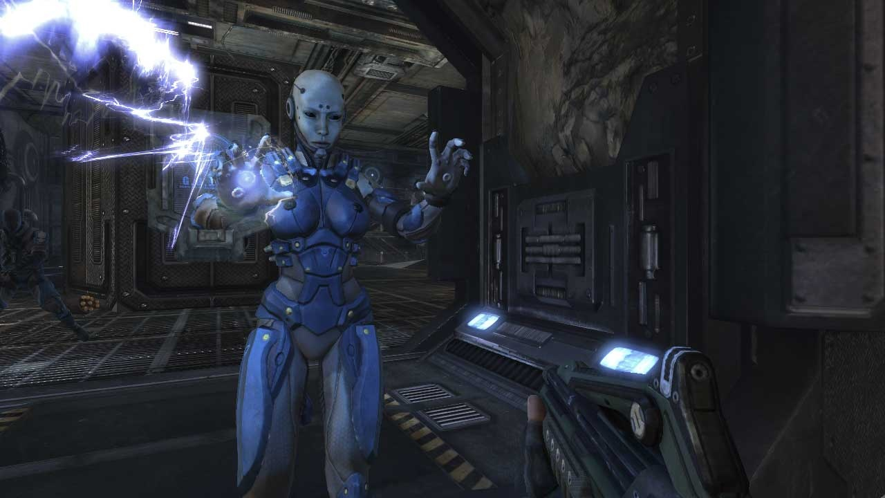 The creepy robot babe Bishop is the most distinctive of the game's three character classes, if not the most powerful in battle.