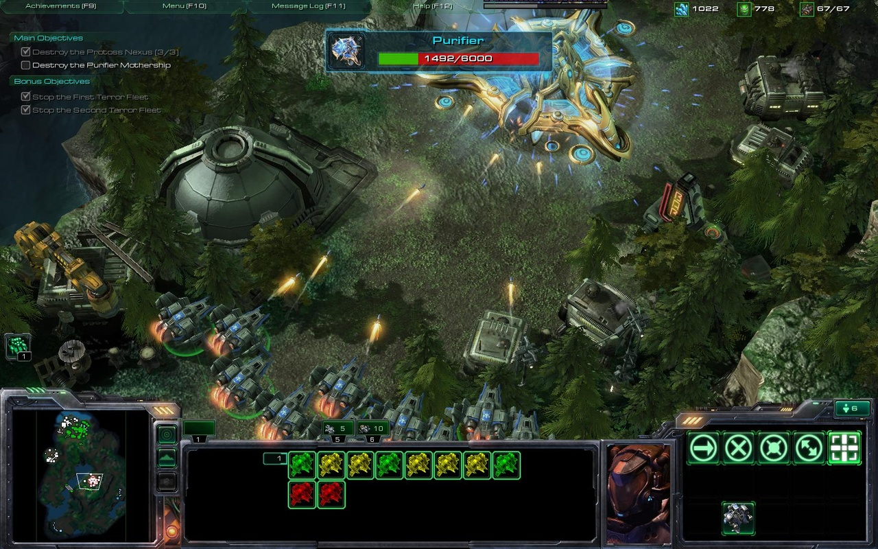 The Protoss mothership may look imposing, but it's hardly an automatic win.