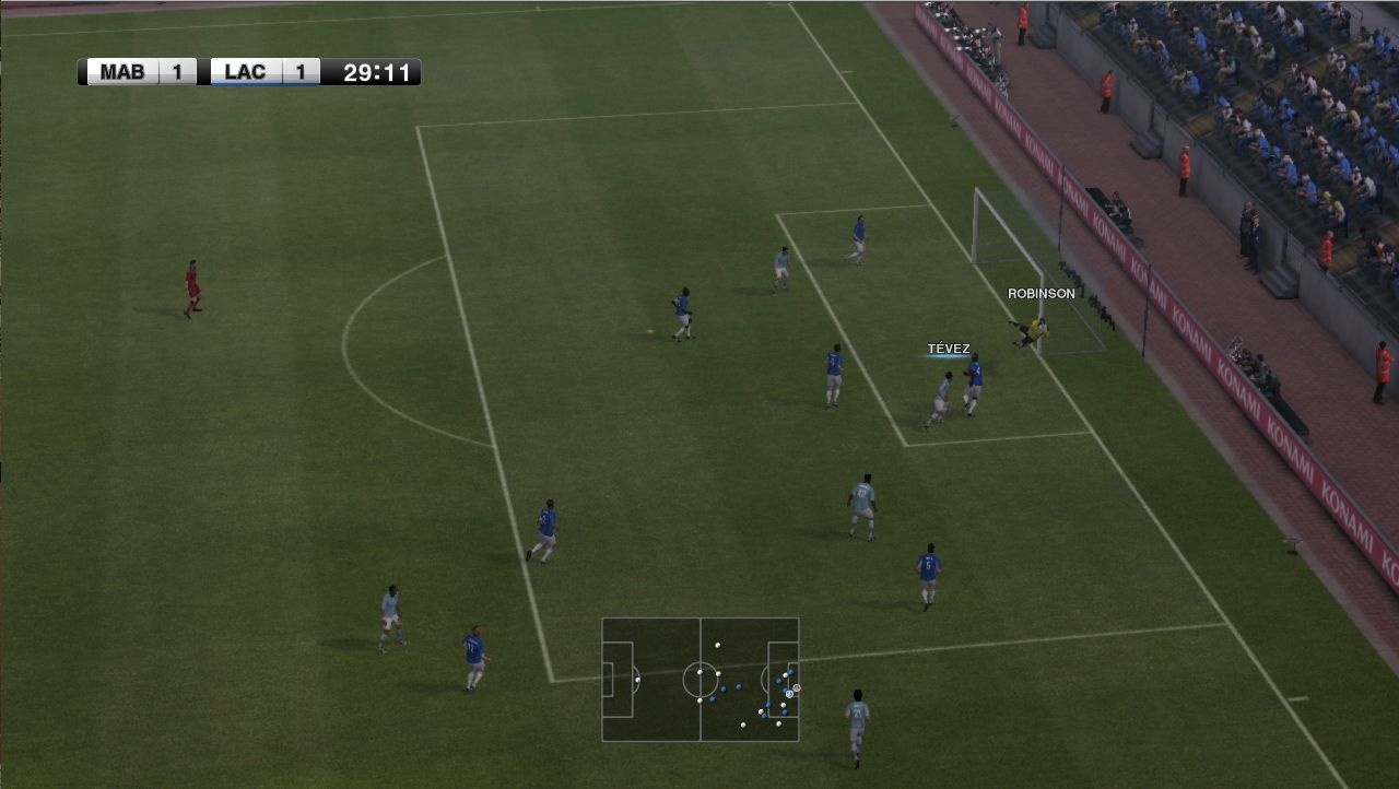 Improved animations make PES 12 feel smoother.