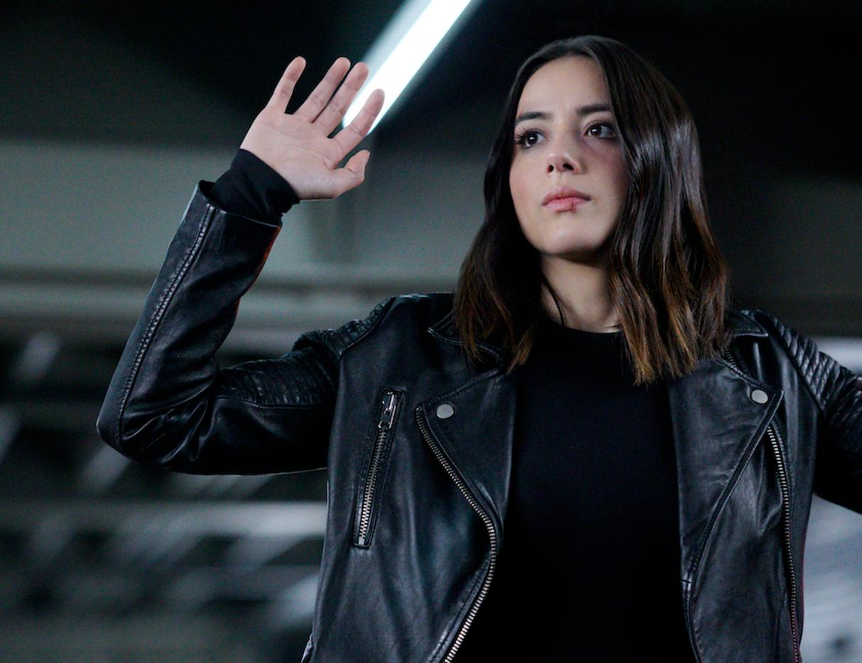 Powerpuff Girls Reboot Show Loses Blossom Actor Chloe Bennet ...