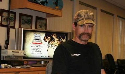 Montana and Woodland Hills' favorite son Joel Jewett. Photo credit: Joel Jewett