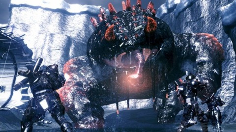 Both versions of Lost Planet 2 made it into the week's top five best-selling games.