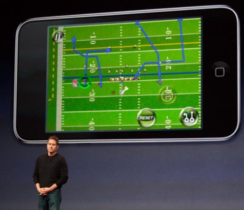 EA's Boatman shows off Madden NFL 10 on the iPhone Photo credit: CNET/ Stephen Shankland.