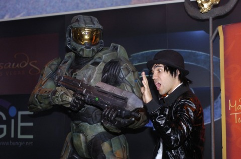 The wax Master Chief assaults Fall Out Boy's Pete Wentz, with regrettably nonfatal results.