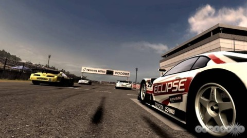 For a game devoted to speed, the official Forza 3 announcement is sure taking its sweet time.
