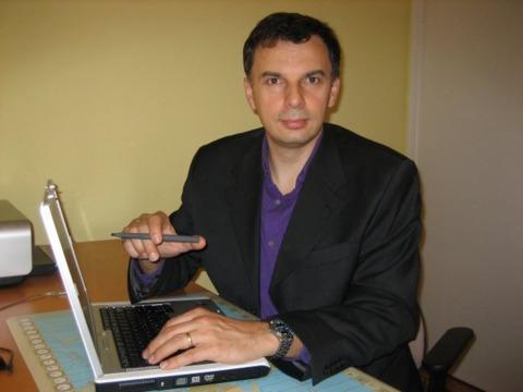 Darius Basarab, senior business consultant for Ontario's Ministry of Economic Development and Trade.