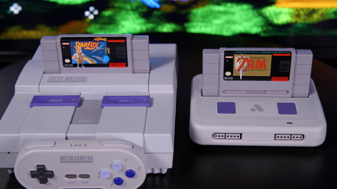 Analogue did a great job of matching the original aesthetic of both the original Super Nintendo and the Super Famicom.