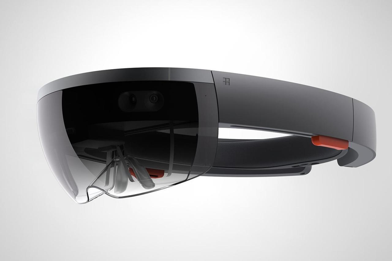 HARDWARE - Microsoft HoloLens