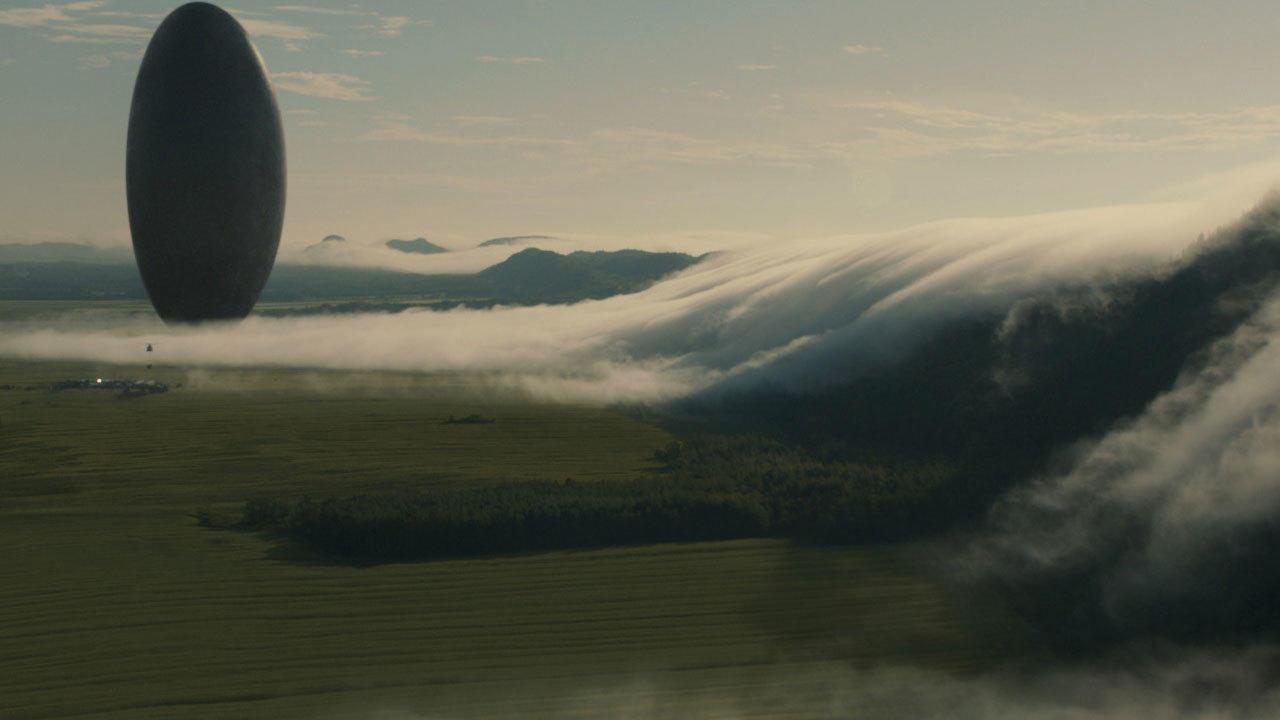 Arrival (dir. Dennis Villeneuve)