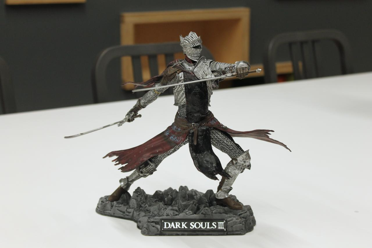 Red Knight (Full Shot)