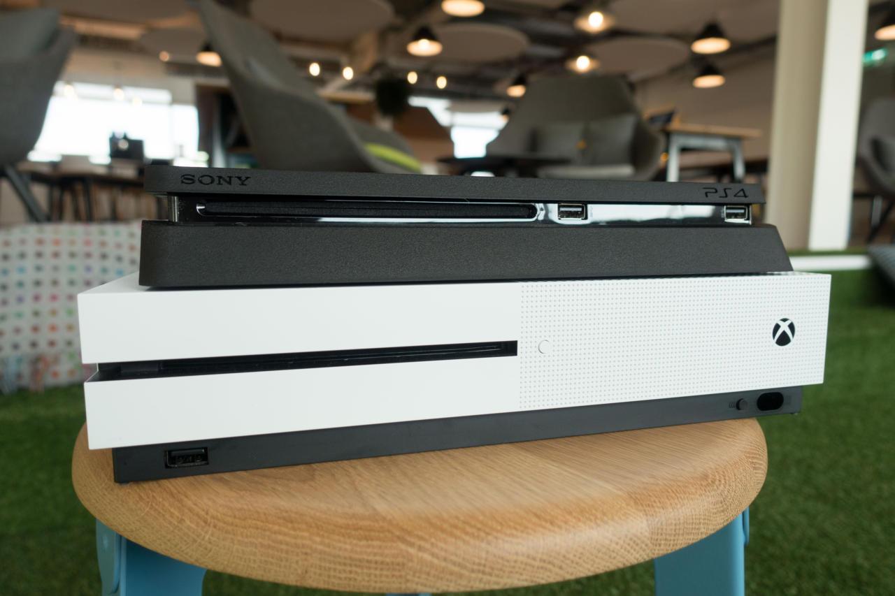 Xbox One S vs. PS4 Slim