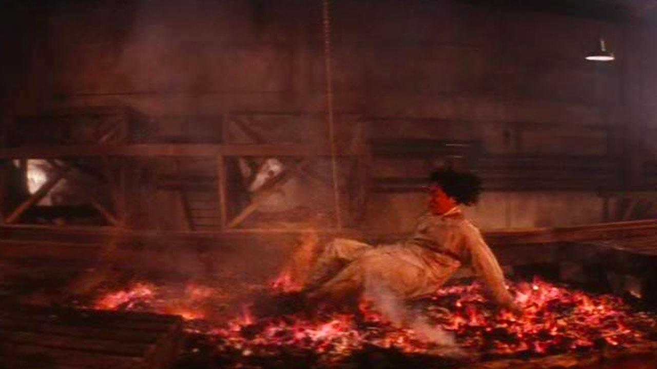 6. Drunken Master 2 (1994) - Hot Coal Crawl
