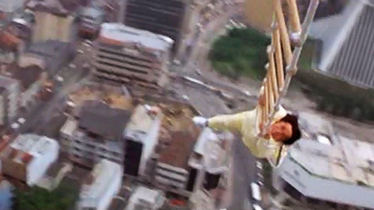 4. Police Story 3: Supercop (1993) - Helicopter Hanging