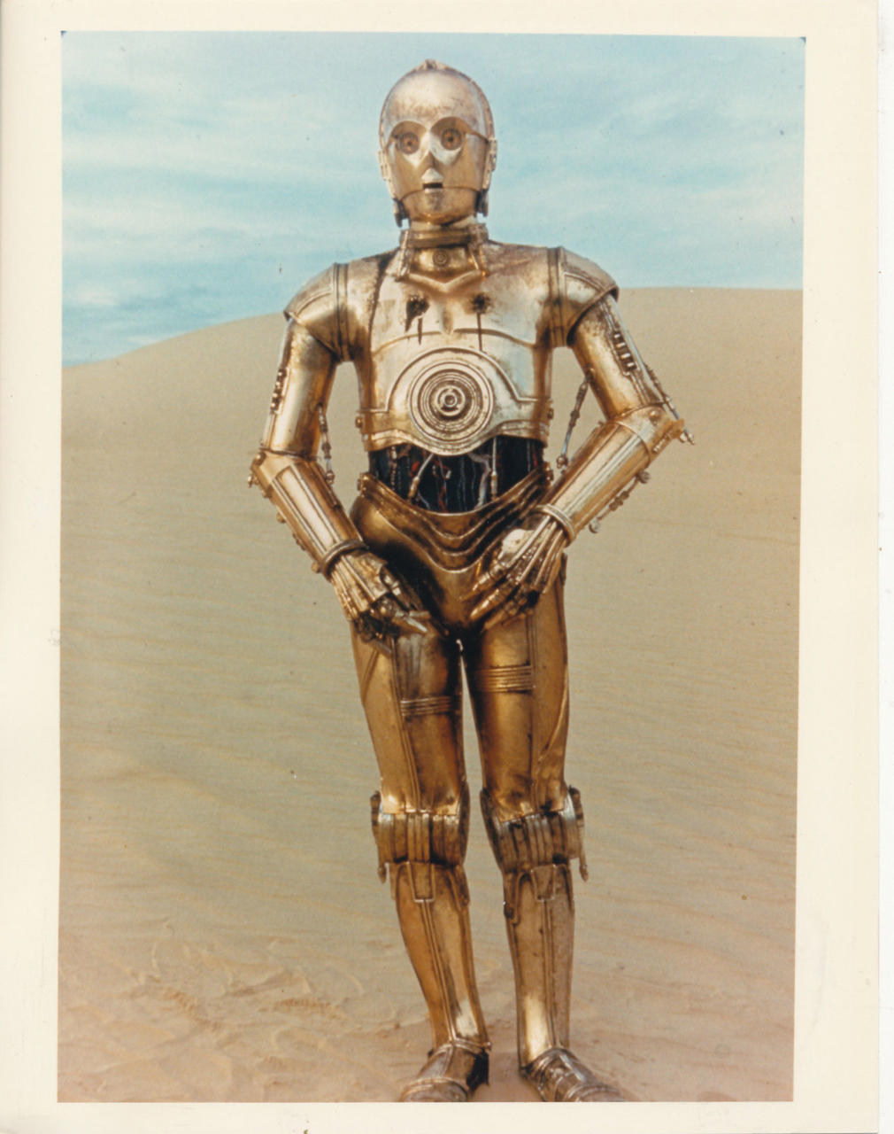In how many languages is C-3P0 fluent?