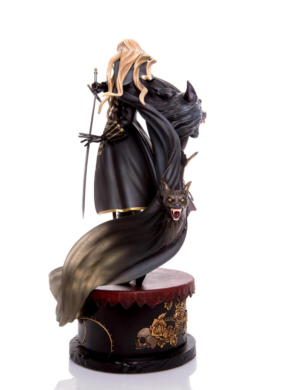 Final Alucard Statue