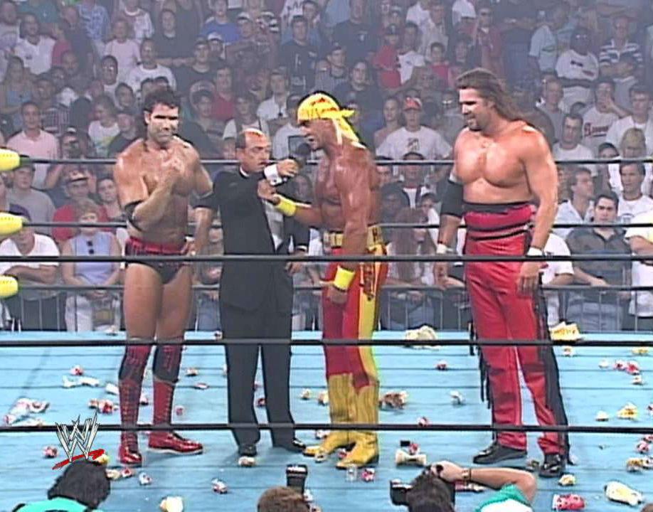 """Hollywood"" Hulk Hogan turns on WCW"
