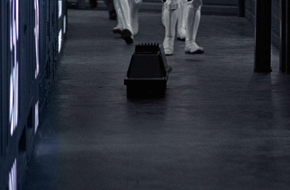 20. MSE-6 (Mouse Droid)