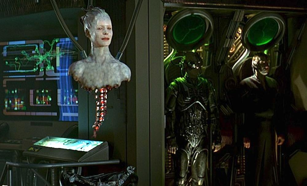 """8. """"Our New Queen Is Romulan"""""""