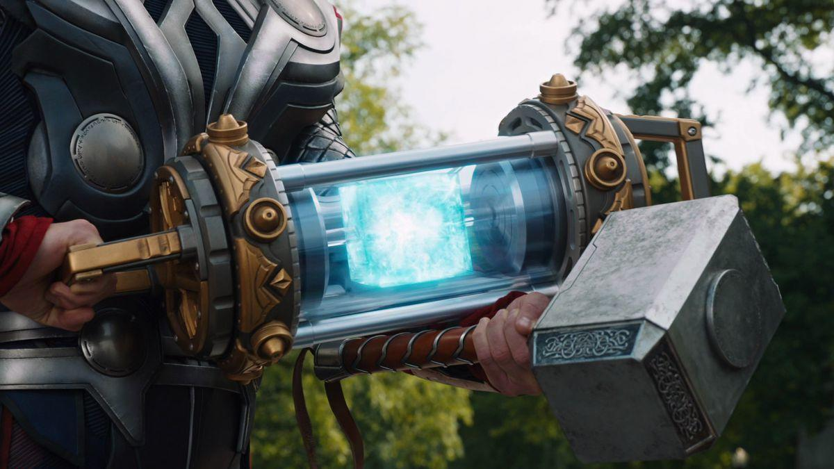 2. The Tesseract is the key to defeating Thanos