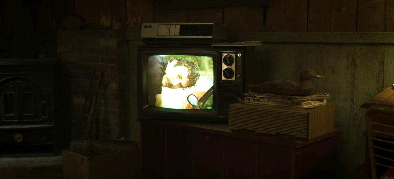2. Chapter 1: Hopper's Magnum PI love