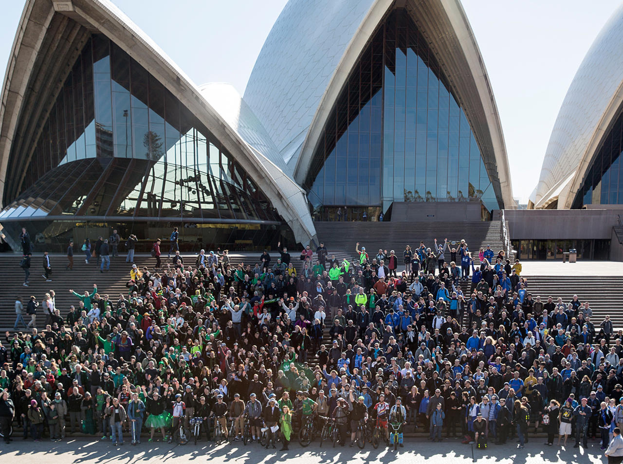 Ingress players gather at the Sydney Opera House on June 25, 2016