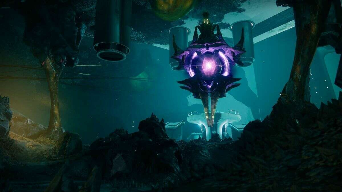 Destiny 2's Looming Villain Of Four Years Is Just Trying To Trick Us Into Being Her Friend
