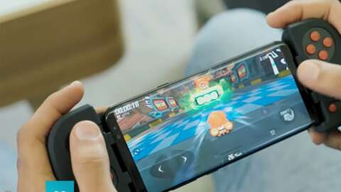 This Multiplatform Mobile Controller Is On Sale For A Great Price