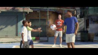 Alex Hunter Plays Street Soccer In Rio - FIFA 18 Gameplay