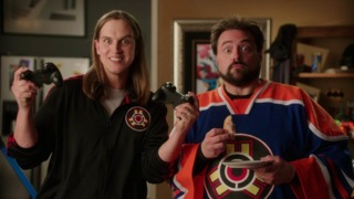Injustice: Gods Among Us - TV Trailer featuring Kevin Smith